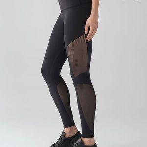 Lululemon Reveal 7/8 leggings